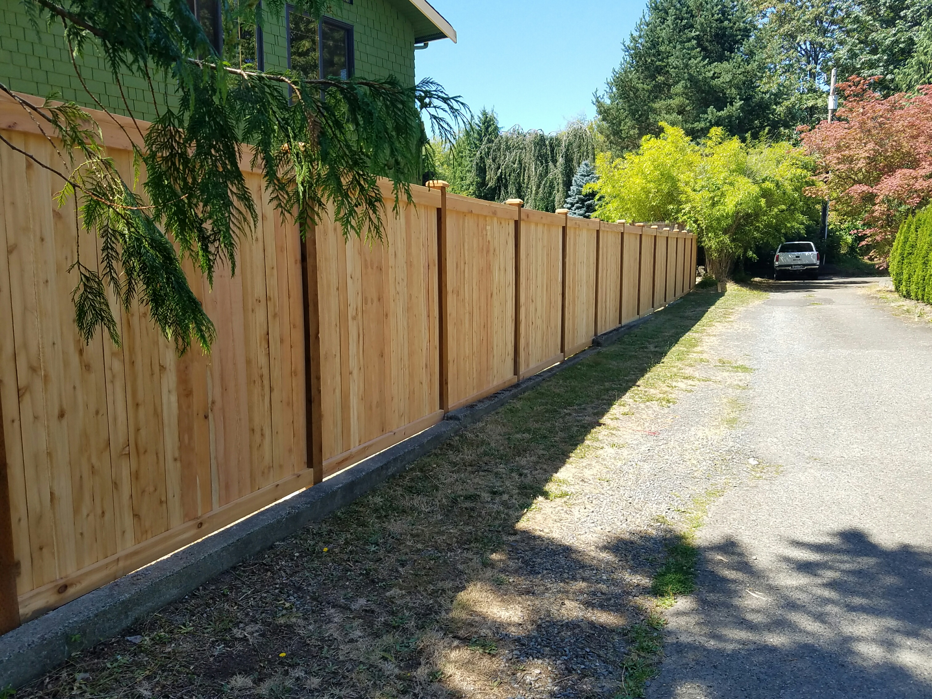 wood fence repair in Lynnwood