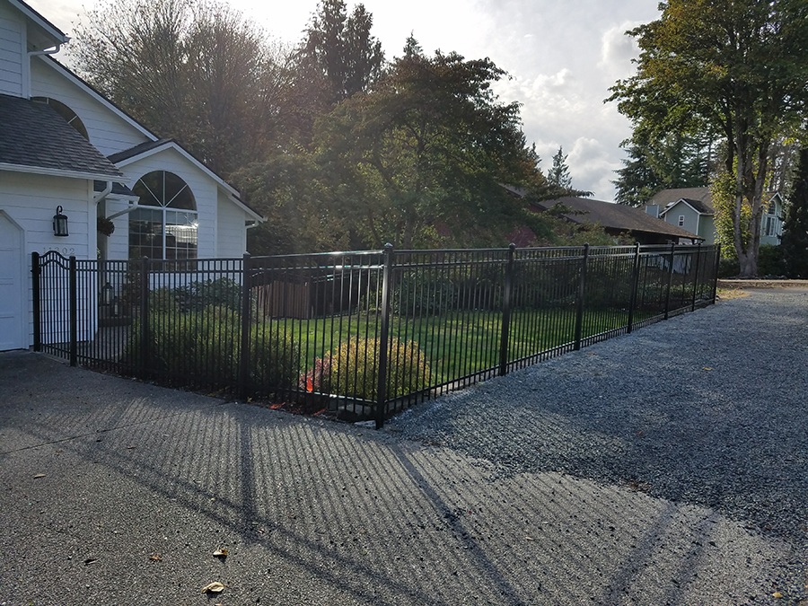 Aluminum Fence Installation Service & Repair in Lynnwood