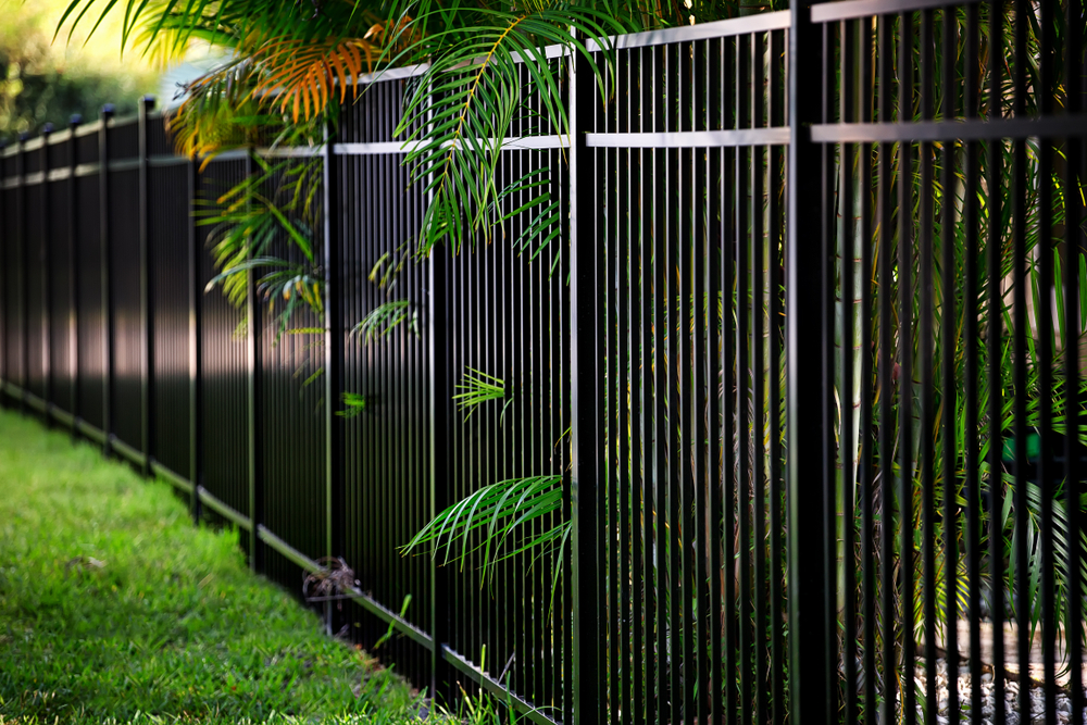 Get The Commercial Fence Installation Service & Repair In Everett You Need