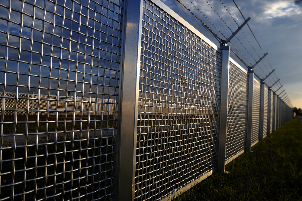 Are You Looking For Industrial Fence Installation Service & Repair In Marysville?