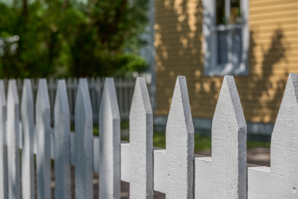 Does Your Mill Creek Property Require A New Picket Fence